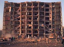 خسارات سنگین حمله تروریستی به ساختمان فدرال در اوکلاهاما سیتی